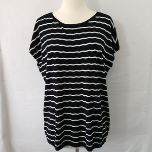New LOFT Top XL Black White Stripes